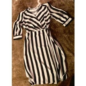 Dresses & Skirts - Striped Dress Size 6.